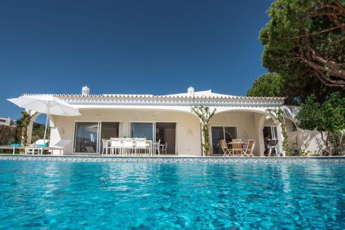 Private pool at Villa Florabella